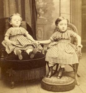victorian-post-mortem-photography-skull-illusion-antiquephotoalbumnl-girls