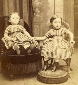 victorian-post-mortem-photography-skull-illusion-antiquephotoalbumnl-girls